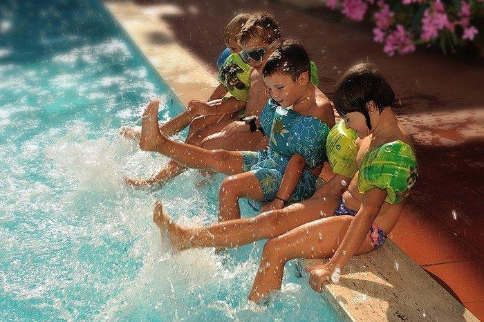 piscina HotelRaffy