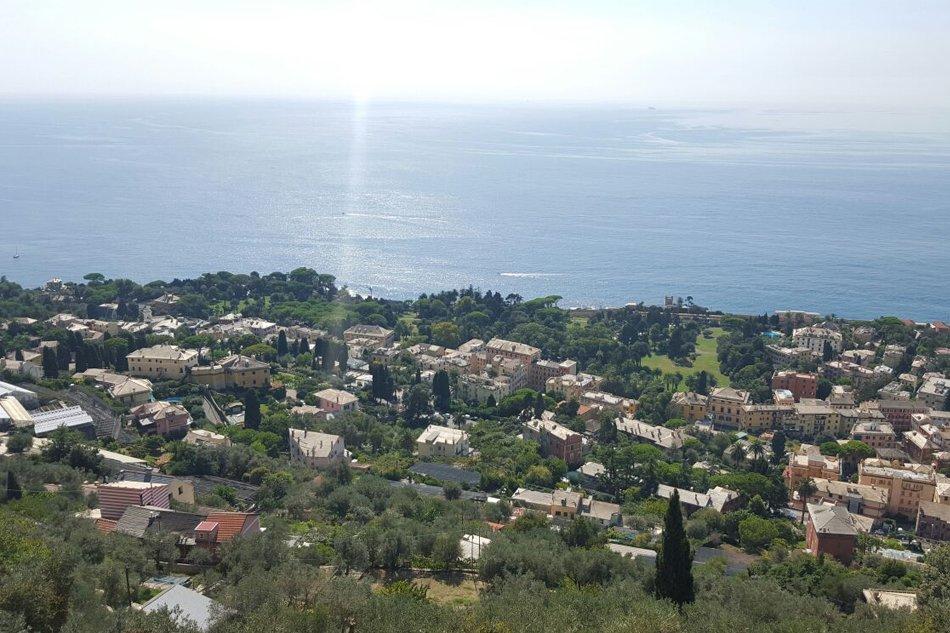 Genova-Nervi-vista-dall-alto-da-Sant-Ilario