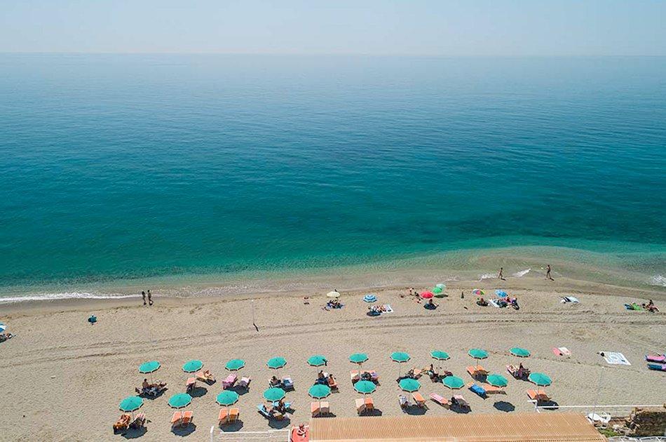 Framura_spiaggia_di_Fornaci_bandiera_blu