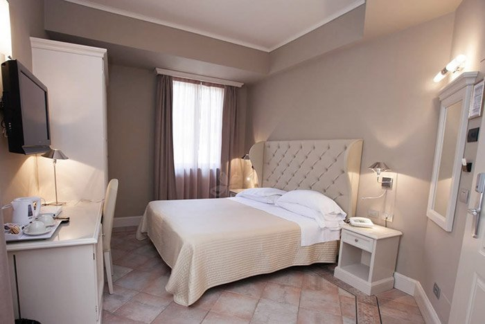 Camera matrimoniale Hotel Savoia