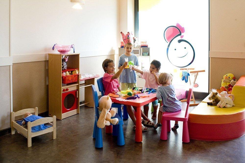 Sala-giochi-bambini-hotel savoia