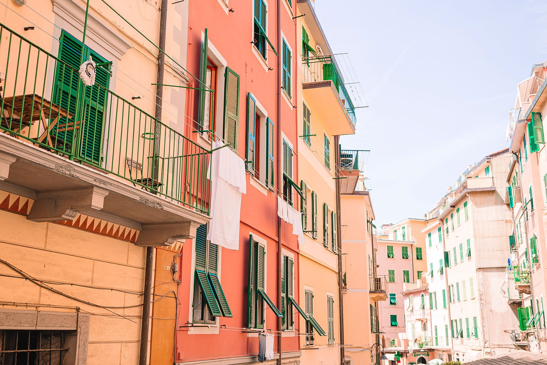 La Liguria e le sue casette colorate - I Borghi più belli d'Italia