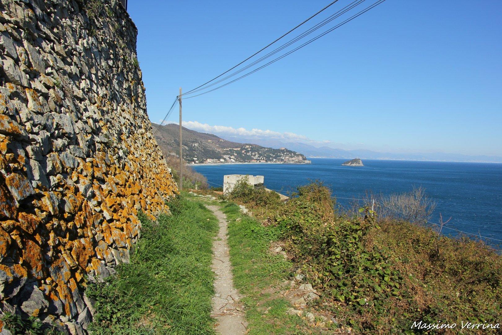 Sentiero Panoramico da spotorno a noli a piedi