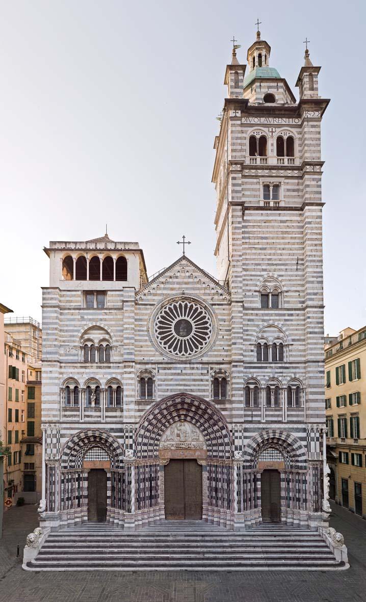 Genova duomo la facciata dellla cattedrale di san lorenzo